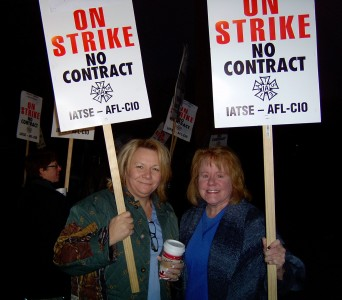 UNAC/UHCP Staff Representatives Kim Smith, RN, and Denise Duncan, RN